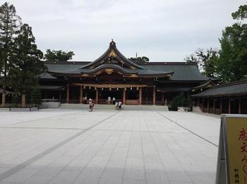 寒川神社.jpg